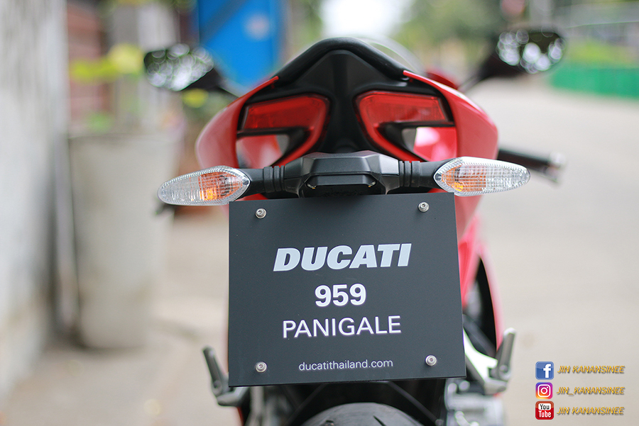 Ducati 959 panigale back